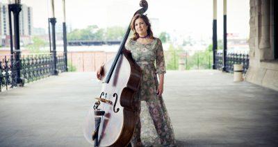 """Bluegrass Today Premieres New Missy Raines Single, """"Swept Away"""""""